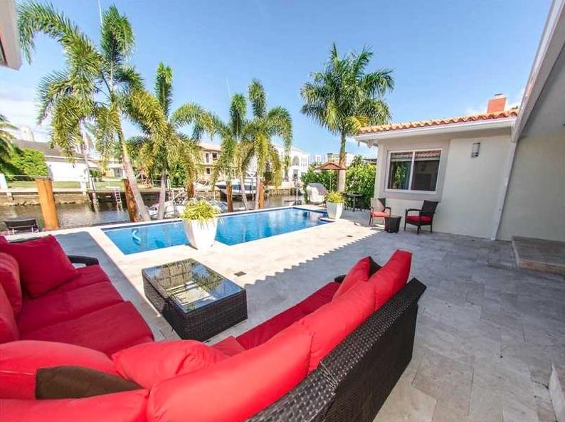 Villas de luxe 16465 northeast 32nd ave north miami for Acheter une maison a miami