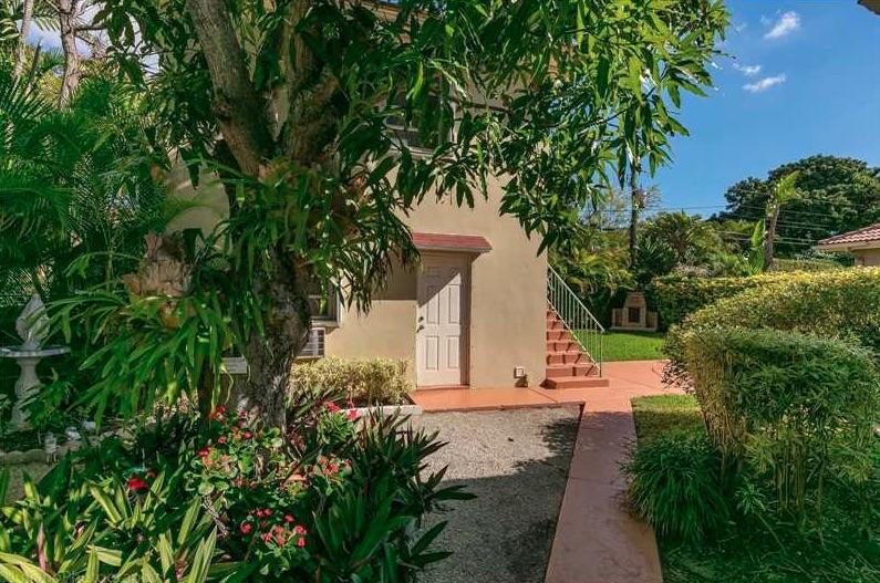 Villas de charme 131 southwest 24th rd miami fl 33129 for Acheter une maison a miami
