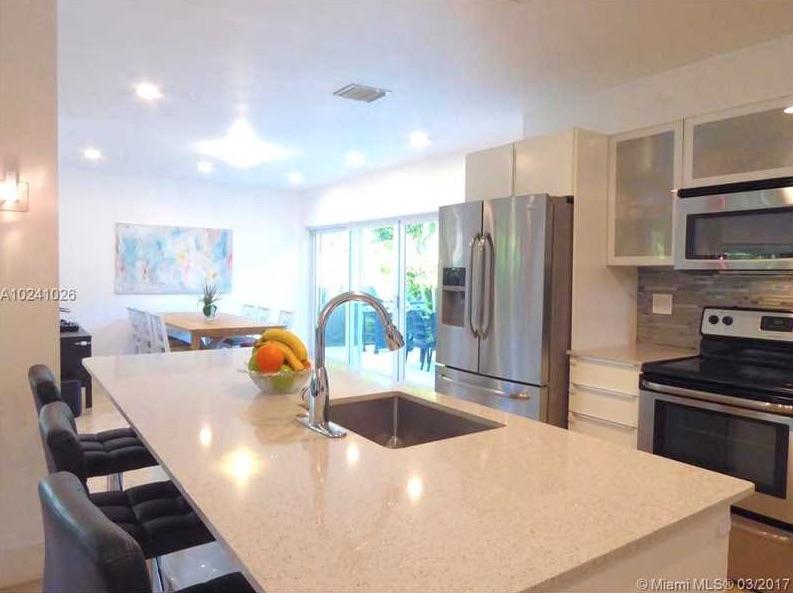 Villas de charme 1310 daytonia rd miami beach fl 33141 for Acheter une maison a miami