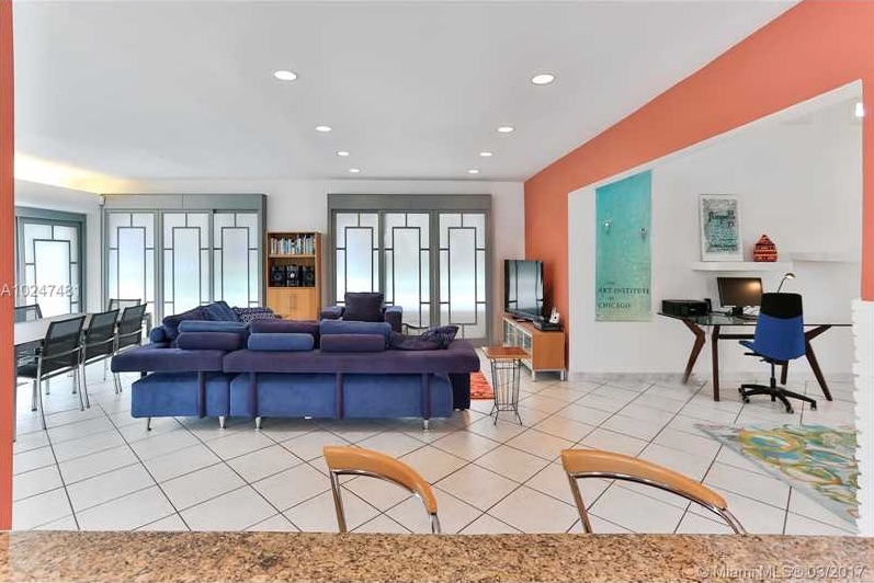 Villas de charme 9417 bay dr surfside fl 33154 mls for Cuisine ouverte villa